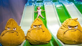 Детская игровая площадка и развлечения в Hub Zero в Дубаи - Растения против Зомби