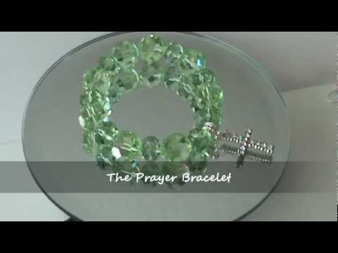 The Prayer Bracelet in Green