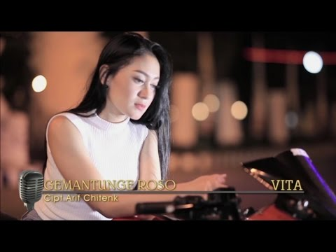 Video Vita Alvia - Gemantung Roso (Official Music Video) download in MP3, 3GP, MP4, WEBM, AVI, FLV January 2017