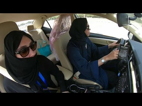 Frauen dürfen ab Sonntag in Saudi-Arabien Auto fahr ...