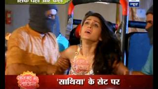 Download Video Gopi's Meera gets kidnapped! MP3 3GP MP4