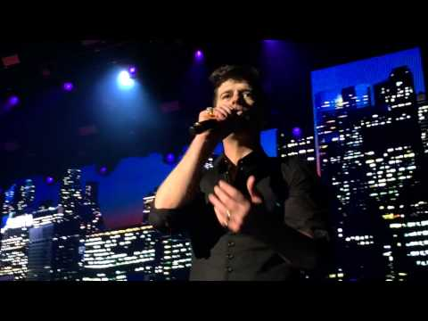 Robin Thicke - Lost Without You (live)