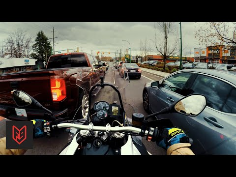 3 Laws that Endanger Motorcycle Riders