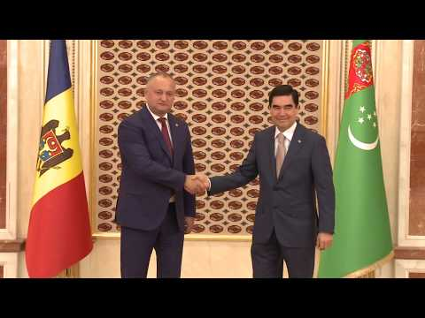 The President of Republic of Moldova, Mr. Igor Dodon met with the President of Turkmenistan, Mr. Gurbanguly Berdimuhamedov