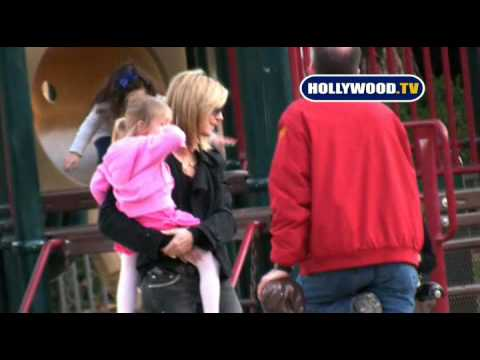 Heidi Klum Trying to Have Private Time with her Daughter in a Park