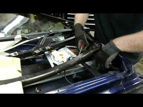 How to Remove Door Frame – Audi A4 B5 1996-2001 (Wolf Auto Parts)