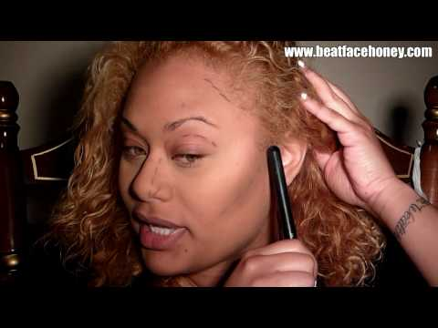 Contour and Highlight: Using makeup to make your face look thinner