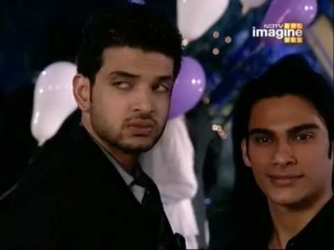 Arjun Arohi - Arjun Meets Arohi At The Party