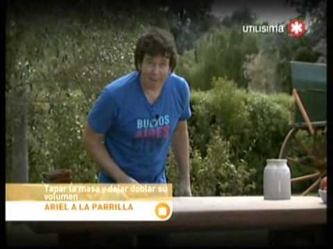 Ariel a la Parrilla Ribs con Barbacoa y Pan Catalan con ensalada