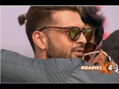 Karan Kundra Breaks Down After A Task In Renault M