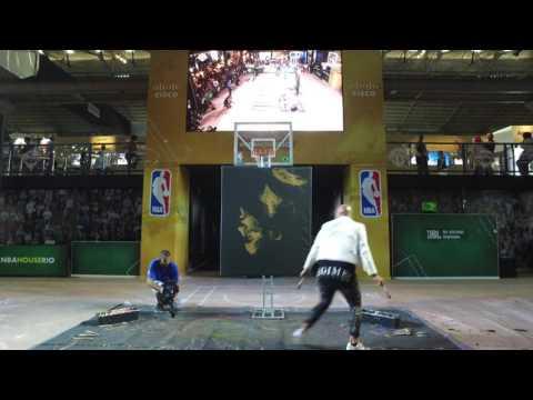 LeBron James' painting by David Garibaldi in 45 second timelpase