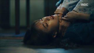 Video [W] ep.15 Kim Eui-sung strangled Han Hyo-joo! 20160908 MP3, 3GP, MP4, WEBM, AVI, FLV April 2018