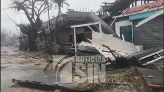 Toque de queda en Puerto Rico tras el paso de María