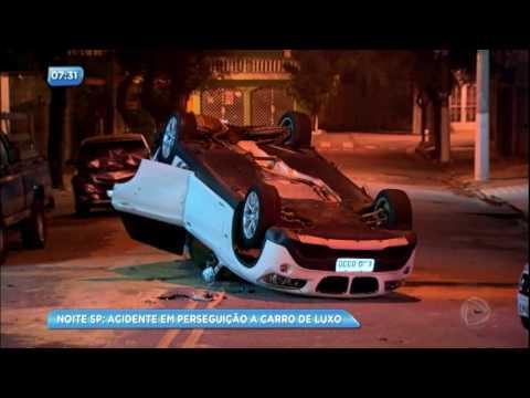 Ladrões em carro de luxo causam acidente em São Paulo