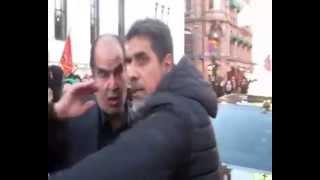 در شهر اسلو مخالفین بساط عاشورای مزدوران جمهوری ننگین اسلامی را به هم زدند مهره اصلی رژیم در اسلو مه