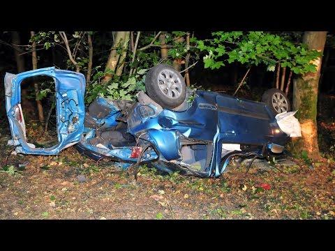 Junge Frau stirbt bei Verkehrsunfall