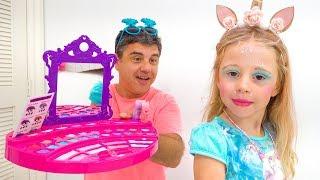 Video Nastya plays with make up toys for girls MP3, 3GP, MP4, WEBM, AVI, FLV Juni 2019