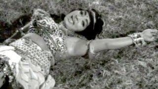 Aggi Veerudu Songs - Pilichindhi Andaala - N T R, Vijaya Lalitha