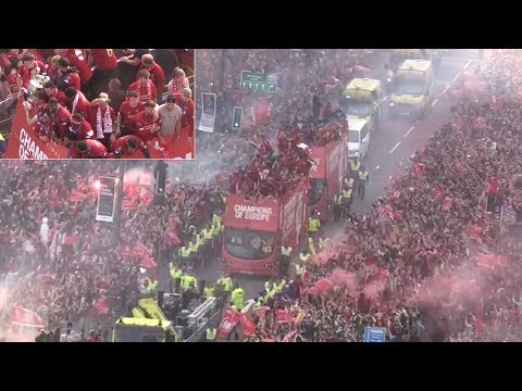 Incredible Scenes As Liverpool Fans Sing YNWA During Victory Parade