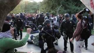 Police Get Owned At UC Davis