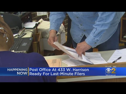 Chicago Post Office To Stay Open Late  For Last-Minute Tax Filers