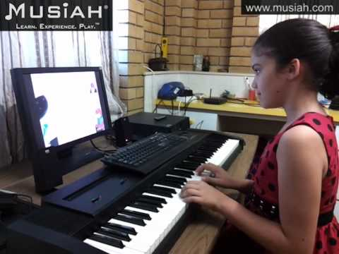 Video: Online Piano Lessons Song #14 Big Ben (Part 1) played by Isabella