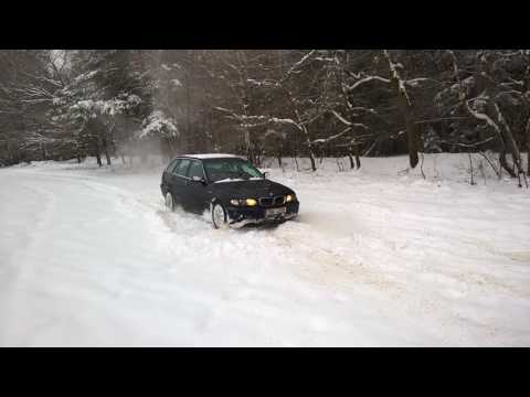 BMW e46 325xi touring test 4x4 ve sněhu , in den Schnee , in snow 2