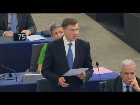 Β.Ντομπρόβσκις: «Αποτίω φόρο τιμής στο θάρρος του Τσίπρα για να ξεπεραστεί το αδιέξοδο με την πΓΔΜ»