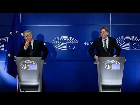 Brexit: Εγγυητής της τήρησης των όρων της διαπραγμάτευσης το ευρωκοινοβούλιο