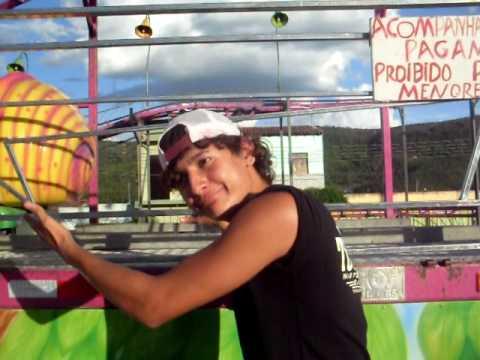 lindomar e Mauricio em Campo Formoso no parque de diversões rsrsrs.AVI