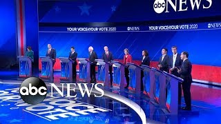 Video Democratic candidates debate: How to budget health care l ABC News MP3, 3GP, MP4, WEBM, AVI, FLV September 2019