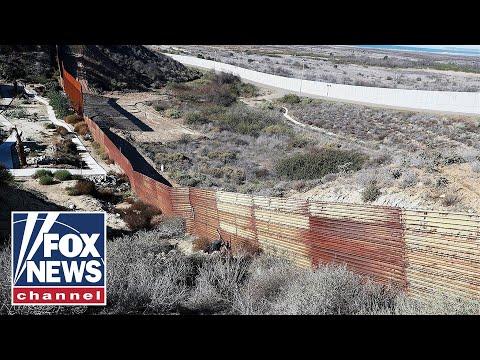 'The Five' on Trump's wall funding showdown
