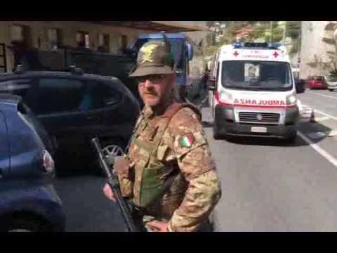 Ventimiglia, respinto dalla Francia si lancia nel vuoto: gravissimo afghano