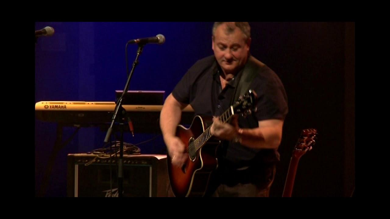 Gary Murphy – Guitar Legends 2014 – Duelling Banjos – Floral Pavilion Theatre
