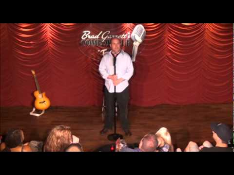 Mick Lazinski performing at Brad Garrett's Comedy Club