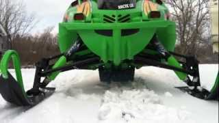 5. 2006 arctic cat f7 sno pro at idle