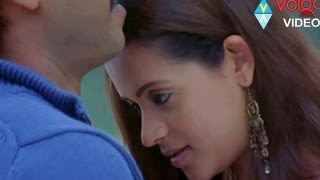 Bhavana Gopichand Romantic Scene from Ontari