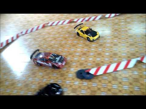 Fast and Furious phiên bản VN với gạch lát nền huyền thoại ;)