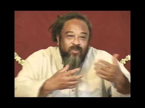 Mooji Video: Fear Comes for the Personality, Not the Self