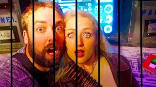 WE'RE TRAPPED! ESCAPE ROOM SPACE FUTURE EXTINCT THEMED!