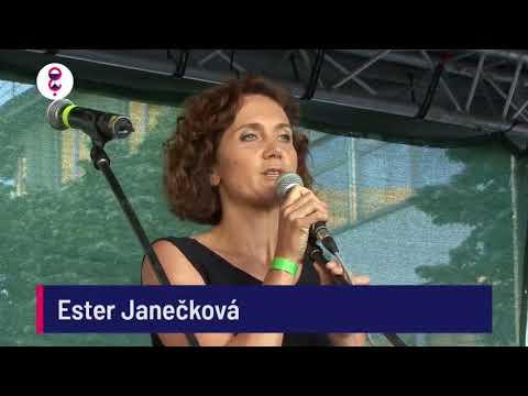 Demonstrace 5. 6. 2018 - Ester Janečková