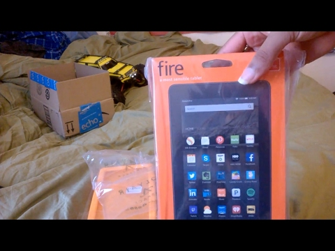 Unboxing Kindle Fire Tablet, 7