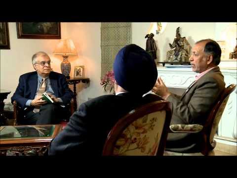 Rajiv in conversation w/ Rajendra Pawar Chairman & Harpal Singh Trustee, NIIT