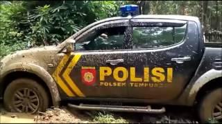 Video GILA!!! Mobil Polisi Diajak Off Road MP3, 3GP, MP4, WEBM, AVI, FLV Februari 2018