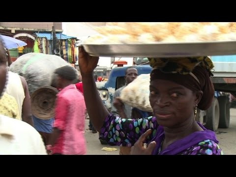 Crackdown on street hawkers in Lagos