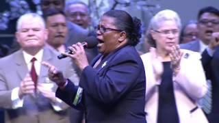 Devocional del coro de Panamá en el XI Congreso Centroamericano y Mexico del Movimiento Misionero Mundial, celebrado del...