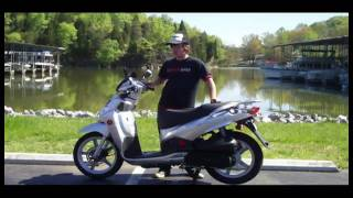 10. 2009 SYM HD200 Scooter Review