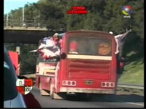Caravana de Hinchas desde Moron a la cancha de Platense. - Los Borrachos de Morón - Deportivo Morón