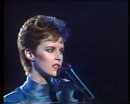 Tekst piosenki Sheena Easton - For Your Eyes Only po polsku