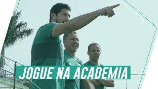 Um grupo de palestrinos viveu um domingo inesquecível no Palmeiras. Confira como foi o Jogue na Academia com os ídolos Euller, Junior Baiano, Paulo Nunes e Sérgio.Imagens: Audio Brasil Filmeshttp://www.audiobrasil.tv/---------------------------Assine o Premiere e assista a todos os jogos do Palmeiras AO VIVO, em qualquer lugar, na TV ou no Premiere Play: http://bit.ly/1myhErs E se você já assina, participe da pesquisa e diga que seu time é o Palmeiras: http://bit.ly/2ad5HJo------------------------Seja Sócio Avanti, com desconto em ingressos e privilégios exclusivos! Clique aqui: http://bit.ly/1uKJsbA